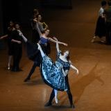 la-dama-delle-camelie_la-dame-aux-camelias_chopin_John-Neumeier_massimo-avenali_emilio-maggi_focusart_photography_dance_danza_balletto_ballet_fotografia_palais-garnier_paris-17