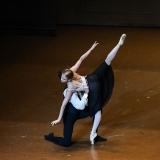 la-dama-delle-camelie_la-dame-aux-camelias_chopin_John-Neumeier_massimo-avenali_emilio-maggi_focusart_photography_dance_danza_balletto_ballet_fotografia_palais-garnier_paris-3