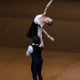 la-dama-delle-camelie_la-dame-aux-camelias_chopin_John-Neumeier_massimo-avenali_emilio-maggi_focusart_photography_dance_danza_balletto_ballet_fotografia_palais-garnier_paris-9